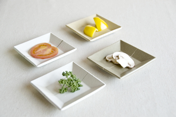 お皿(小)1